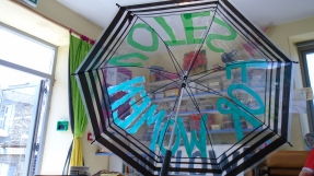 Decorating the umbrella